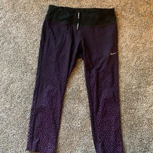 Nike drinfit leggings